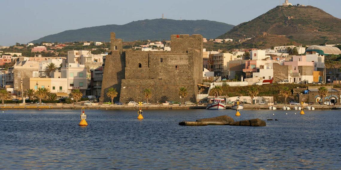 Malta Dall'italia L'acquisto Pantelleria Futuro Nel Di 5jR4AL